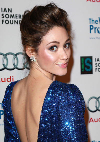 1212-emmy-rossum-highlighter-cheeks_bd
