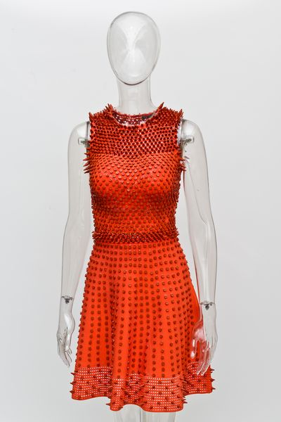 Designers Create Couture Dresses Out Of Crayola Crayons Style Files