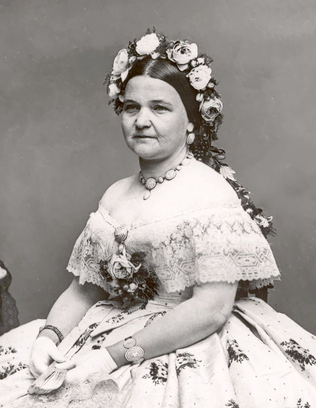 640px-Mary_Todd_Lincoln2crop