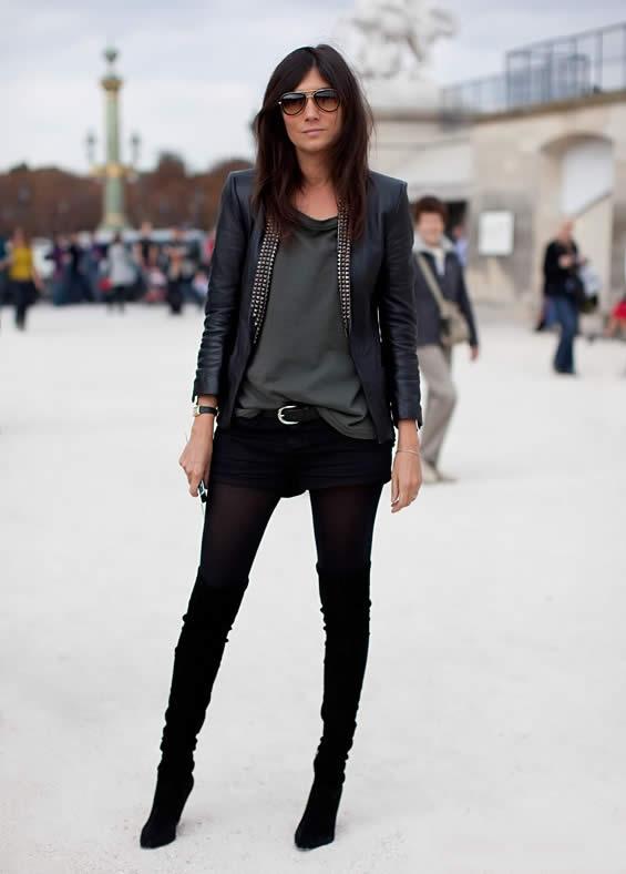 Vogue Paris Editor-in-Chief Emmanuelle Alt masters the half-tuck.