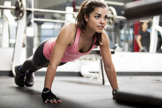 How to Wear Makeup at the Gym