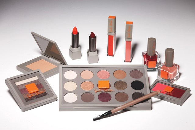 Brooke Shields Teams Up With MAC Cosmetics