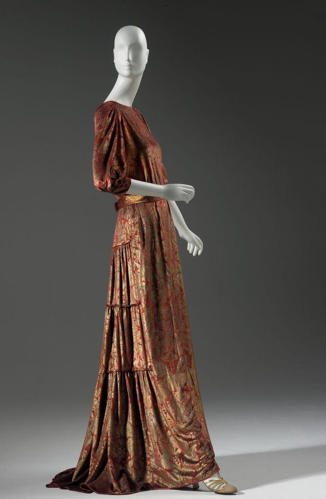 Beautiful Womenu0026#39;s Fashion Through The Ages | Costumes Clothes U0026 Fashion | Pinterest | 1920s Clothing ...