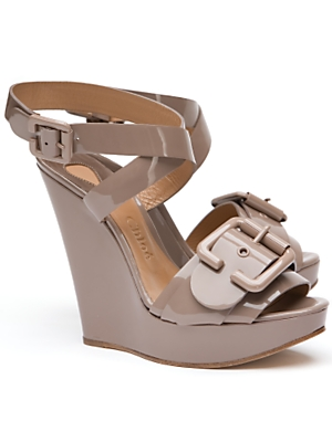 chloe_patent_buckle_wedge_695