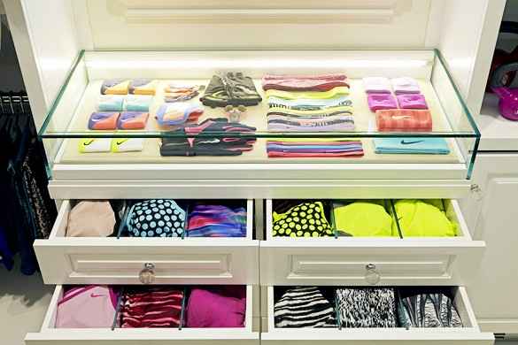 Check Out Khloe Kardashians Amazing Fitness Closet