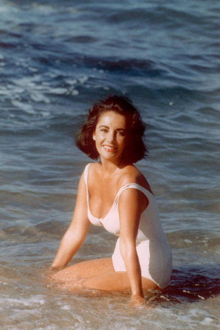 elle-03-swimsuits-in-film-suddenly-last-summer-