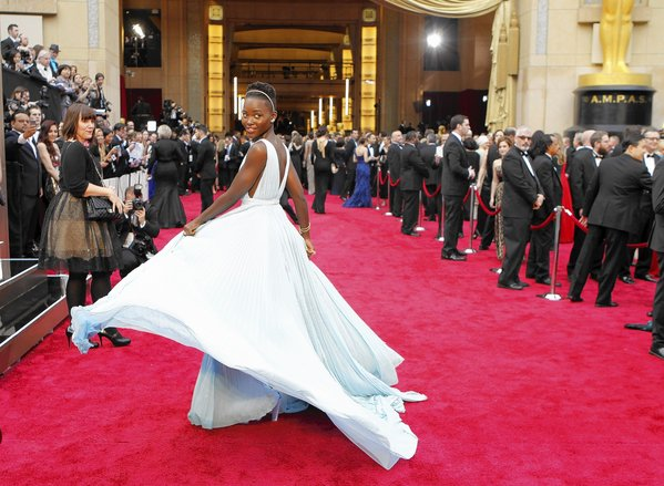 This is How Much Celebs Pay to Get Red Carpet Ready