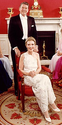 nancy_reagan-inaugural-gown