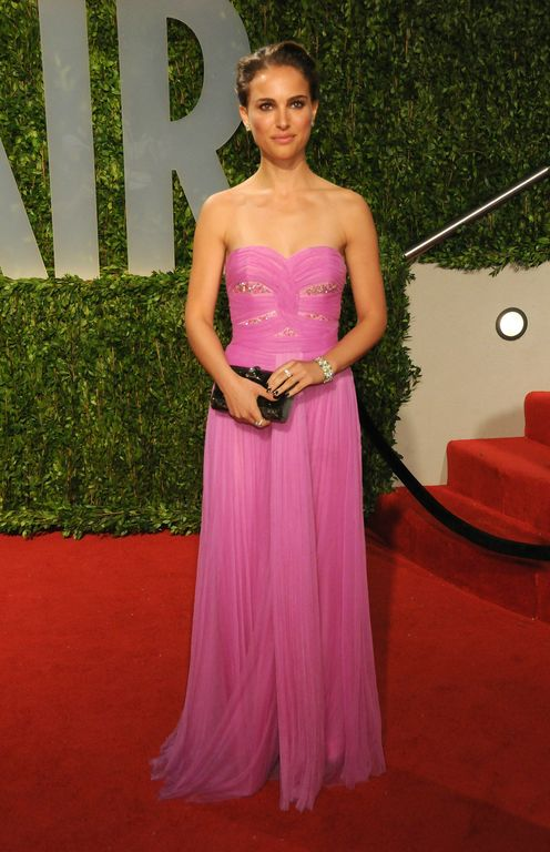 Natalie Portman always looks classic. This pink Rodarte dress is a good look