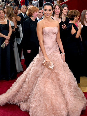 reese witherspoon oscar dress. There were two dresses from