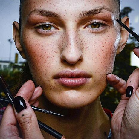Beauty Trends Hot Off the Runway