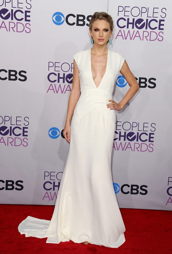 taylor-swifrt-peoples-choice-awards-2013
