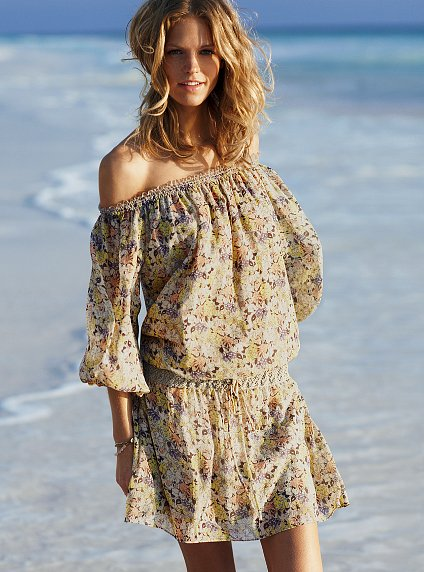 vs_silk_caftan