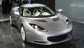 2011 Lotus Evora Offers Phoenix Arizona Drivers a Futuristic Italian Style Sport With Luxury English Class