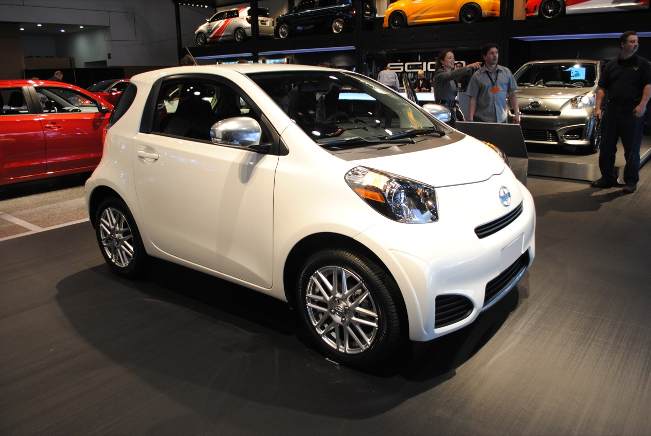 The Quasi-Micro Scion IQ is the Perfect City Car