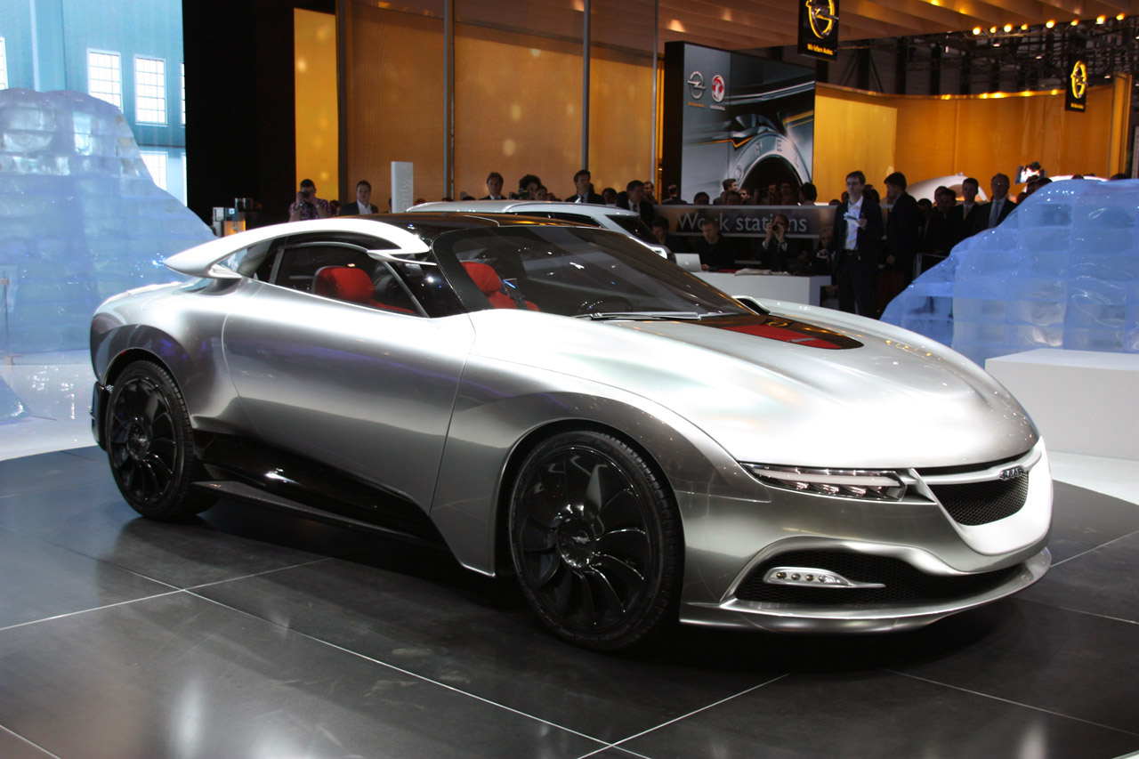 The Saab PhoeniX Takes the Art of Automotive Design to the Next Level