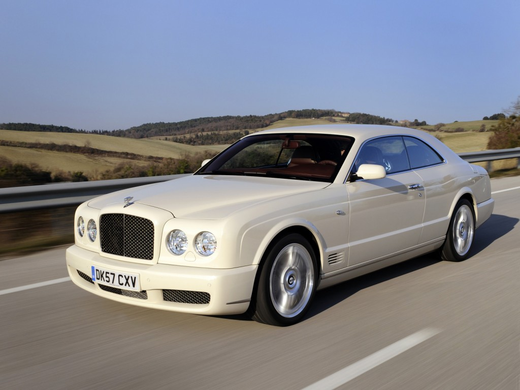Phoenix Arizona: Relax This Summer in the Cool Luxury of a Bentley Brooklands