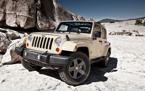 2011 Jeep Wrangler Mojave is made for Desert Exploration