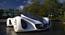 Mercedes Benz is Growing Bio-Smart Vehicles in the Lab, Made for the Arizona Sun