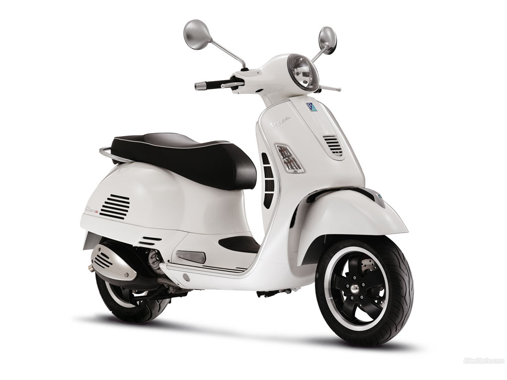 Vespa Now Reaching High Speeds, Legal for Highway