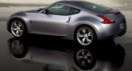 Nissan 370Z Offers Classic Sport Coupe Styling