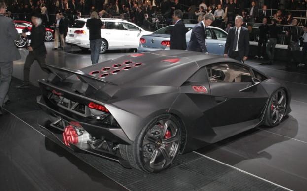 Lamborghini Sesto Elemento Concept Selling for $2.9m