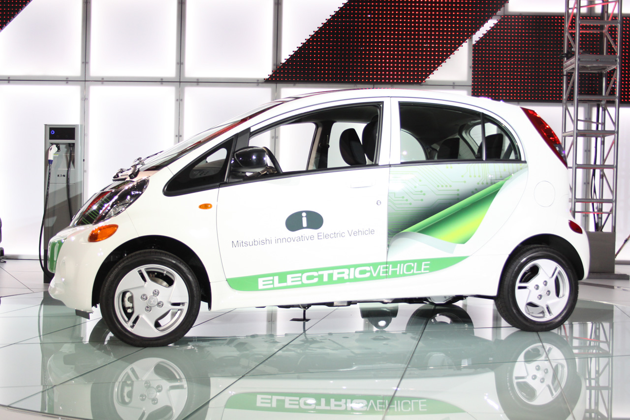 Electric Mitsubishi Raises the Bar with Astonishing MPG Rating