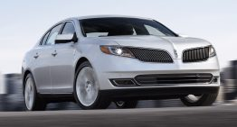 2013 Lincoln MKS Sets New Standard