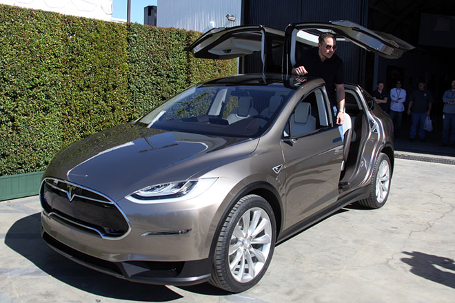 Tesla Debuts Luxury Electric Crossover