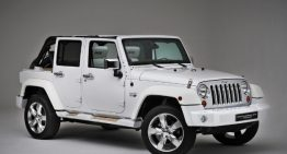 Yacht Inspired Jeep Shows Off in Paris