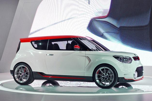 Kia Debuts Smart Next Gen Trackster Concept