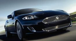Jaguar XK offers Luxury at High Speeds