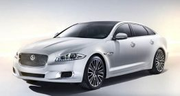 Jaguar Debuts Luxury XJ in Beijing