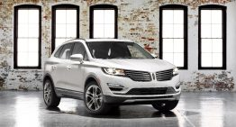 First Look: 2015 Lincoln MKC