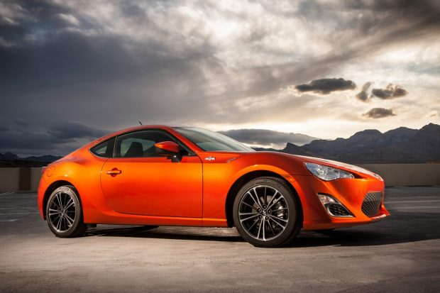 Scion_FRS_2013_004