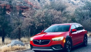 Stick Shift: 2018 Regal TourX