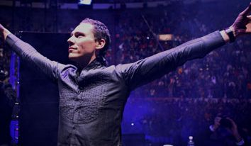"Relentless Beats Brings Tiesto's ""Club Life College Invasion Tour"" to Tucson"