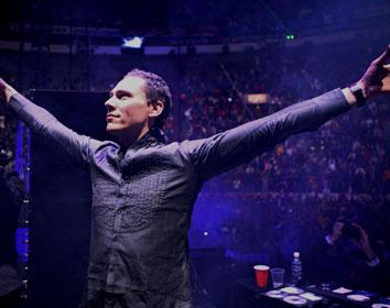 "Relentless Beats Brings Tiesto's ""Club Life College Invasion Tour"" to Tucson"