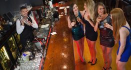Best Happy Hour Destinations for Singles In Phoenix