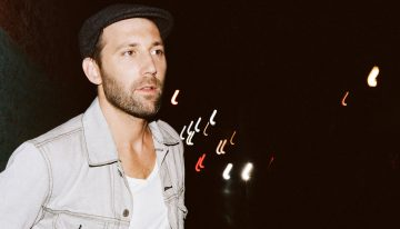 Mat Kearney Performs Free Acoustic Concert Valentine's Weekend