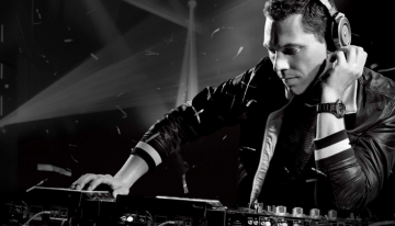 The Biggest Pool Party, Wet Electric, Will Be Headlined by Tiesto