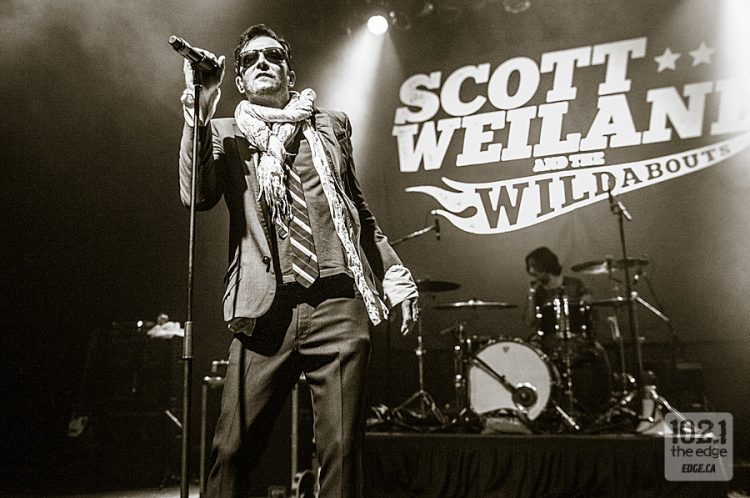 Scott-Weiland-and-the-Wildabouts-140719-Danforth-Music-Hall-Walid-Lodin-31