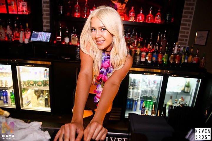 maya-club-scottsdale-bartender