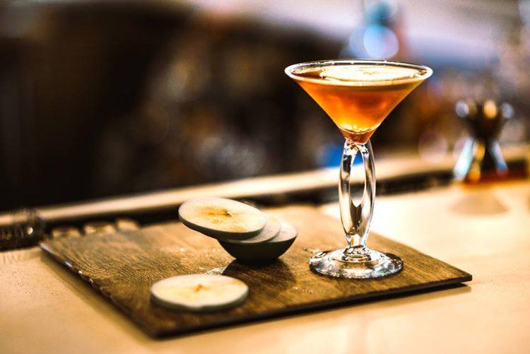 blk_spicedapple_martini3