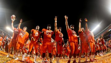 W Scottsdale to Host Legends of Clemson Party
