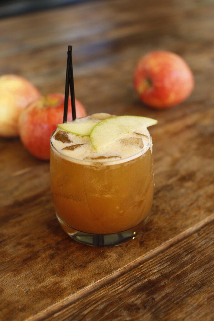 apple-bourbon-punch_north-italia