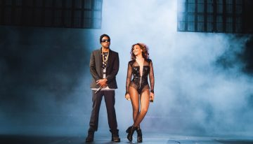 Beyoncé and Jay-Z On The Run to Phoenix