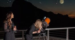 Sip and Stargaze During Mountain Shadows' Cosmo Cocktail Series
