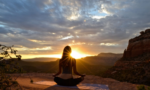 6348_LdmES_Yoga_in_Sedona_Arizona_md