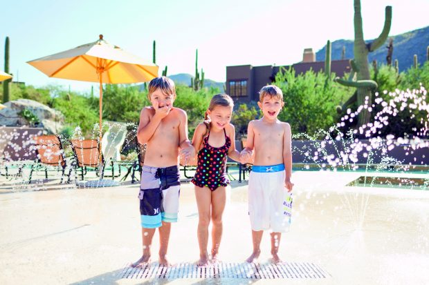 dove mtn Kids at splash pad